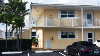 North Palm Beach Condo For Sale: 100 Lehane Terrace #14