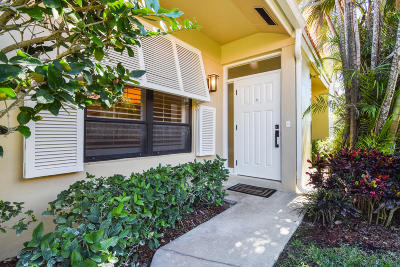 Palm Beach Gardens FL Townhouse For Sale: $334,900
