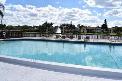 West Palm Beach FL Condo Contingent: $134,900