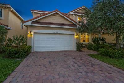Single Family Home Sold: 6000 SE Crooked Oak Avenue