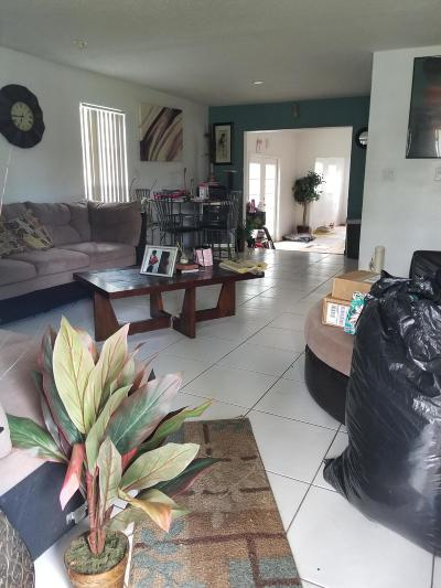 Delray Beach Single Family Home For Sale: 5196 Palm Ridge Boulevard