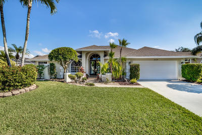 Wellington Single Family Home For Sale: 1440 Hideaway Bend