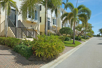 Juno Beach Townhouse For Sale: 427 Juno Dunes Way