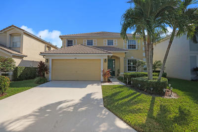 Palm Beach Gardens Single Family Home For Sale: 458 Woodview Circle