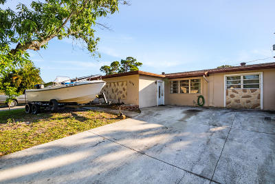 Greenacres Single Family Home For Sale: 3570 S 57th Avenue