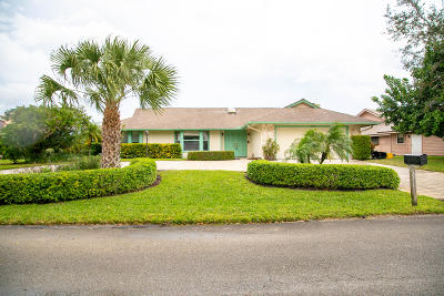 Hobe Sound Single Family Home For Sale: 7023 SE Bunkerhill Drive