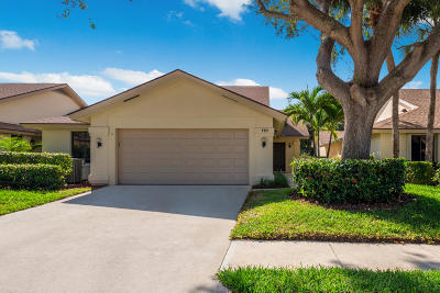 Jupiter Single Family Home Contingent: 110 Inner Harbour Way