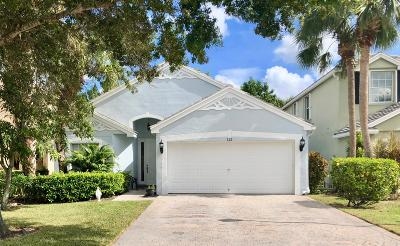 Royal Palm Beach Single Family Home For Sale: 122 Canterbury Place