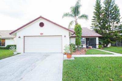 Lake Worth Single Family Home For Sale: 8462 Bonita Isle Drive