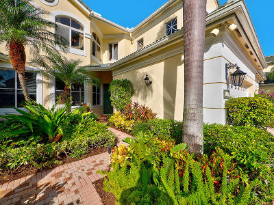 Palm Beach Gardens Condo For Sale: 110 Palm Point Circle #B