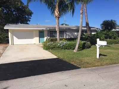 Tequesta Single Family Home For Sale: 11591 SE Doherty Street