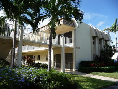 Boynton Beach Condo For Sale: 630 Snug Harbor Drive #C11