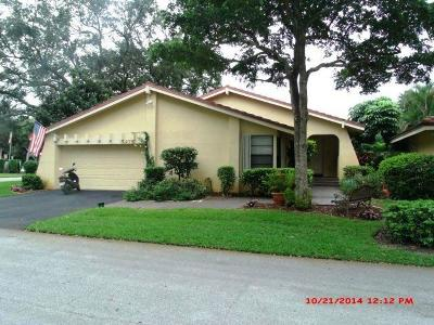 Deerfield Beach Single Family Home For Sale: 1975 Hollows Trail
