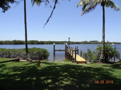 Port Saint Lucie Single Family Home For Sale: 3341 SE River Vista Drive