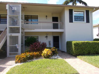 Boynton Beach Condo For Sale: 23 Westgate Lane #23h