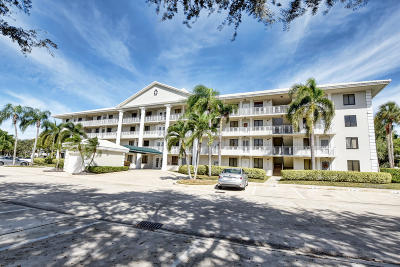 Boca Raton Condo Contingent: 6193 Balboa Circle #202
