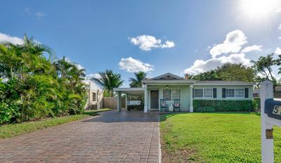 Lake Worth Single Family Home For Sale: 512 Virginia Drive