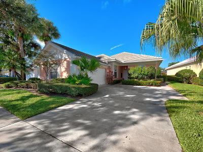 Palm Beach Gardens Single Family Home For Sale: 8511 E Garden Oaks Circle