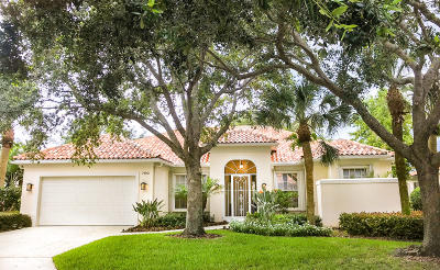 West Palm Beach Single Family Home For Sale: 7193 Crystal Lake Drive