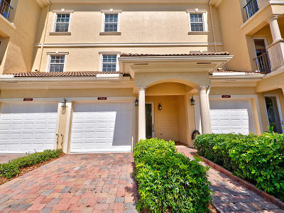 Hobe Sound Townhouse For Sale: 12663 SE Old Cypress Drive