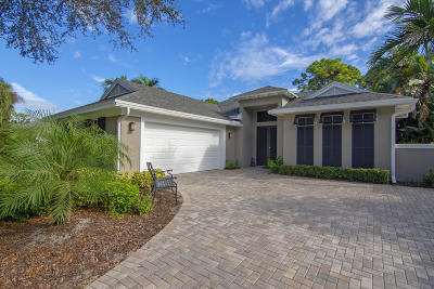 Vero Beach Single Family Home For Sale: 964 Carolina Circle SW