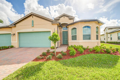 Port Saint Lucie Single Family Home For Sale: 11267 SW Winding Lakes Circle