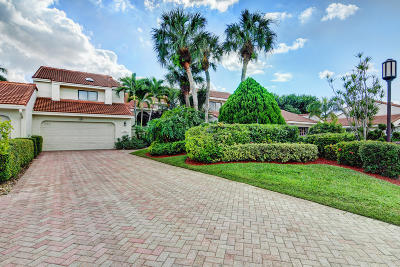 Boca Raton Townhouse For Sale: 7356 Woodmont Court