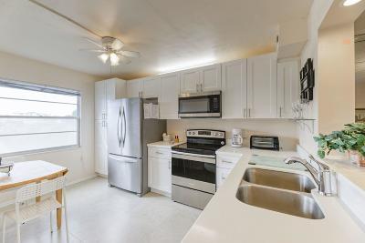 Boca Raton Condo For Sale: 2054 Guildford C #2054
