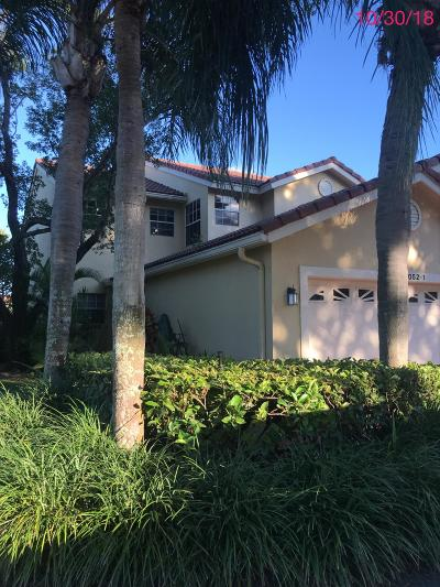 Boca Raton Townhouse For Sale: 17052 Boca Club Boulevard #1