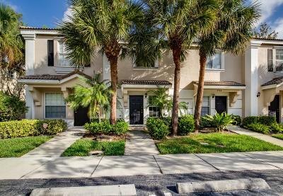 West Palm Beach Townhouse Contingent: 4960 Palmbrooke Circle