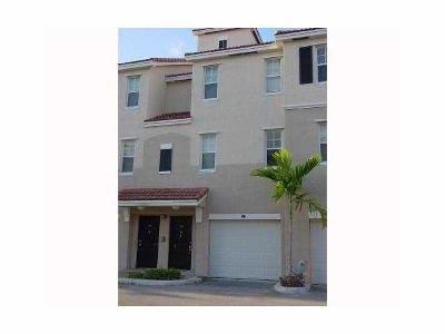 Coral Springs Rental Contingent: 5920 W Sample Road #207