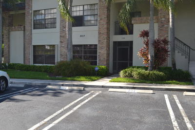 Boynton Beach Condo For Sale: 8017 Aberdeen Drive #102