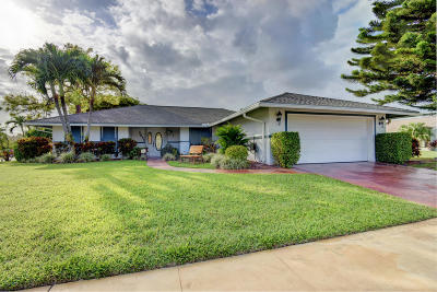 Boynton Beach Single Family Home For Sale: 3852 Black Forest Circle