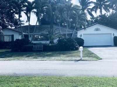 Boynton Beach Single Family Home For Sale: 946 SW 37th Court