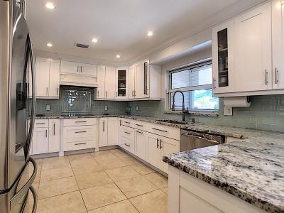 Lake Clarke Shores Single Family Home For Sale