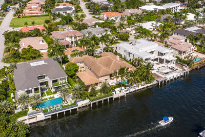Mizner Court, Mizner Court Cond I, Royal Palm Yacht & Cc, Royal Palm Yacht & Country Club, Royal Palm Yacht And Country Club, Royal Palm Yacht And Country Club Sub In Pb 26 Pgs, Royal Palm Yacht And Country Club Subdivision Single Family Home For Sale: 304 S Maya Palm Drive