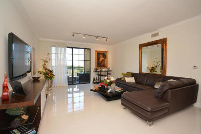 Boca Raton Condo For Sale: 233 S Federal Highway #517