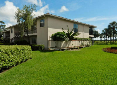 Boynton Beach Condo For Sale: 24 Southport Lane #F