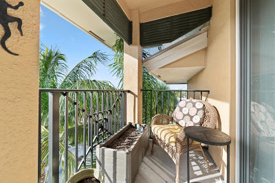 Delray Beach Condo For Sale: 255 NE 3rd Avenue #2510