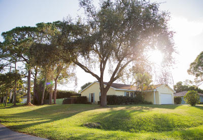 Fort Pierce Single Family Home For Sale: 7301 Coquina Avenue