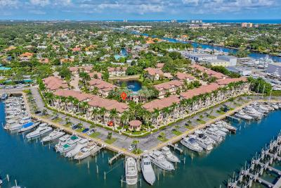 Palm Beach Gardens Townhouse For Sale: 13 Marina Gardens Drive