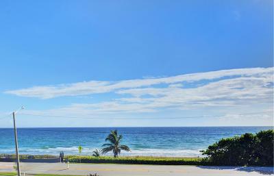Yacht & Racquet Club Of Boca Raton, Yacht & Racquet Club Of Boca Raton Condo Condo For Sale: 2667 Ocean Boulevard #I401