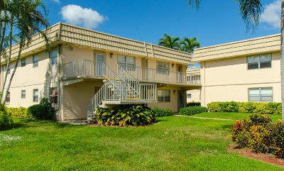 Delray Beach Condo For Sale: 575 Monaco #L