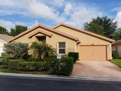 Greenacres Single Family Home For Sale: 129 Caribe Court