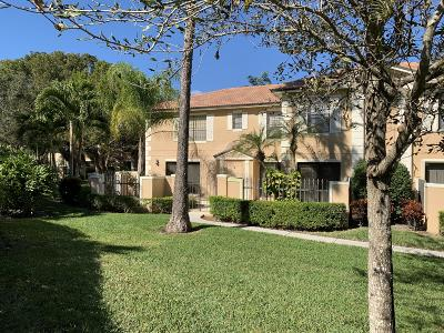 Palm Beach Gardens Townhouse For Sale: 363 Prestwick Circle #3