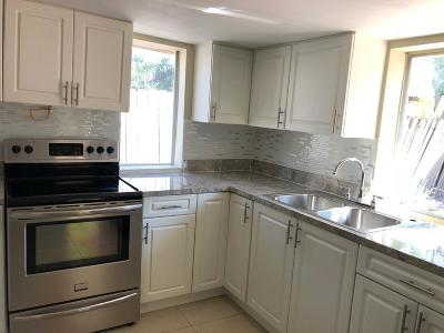 Lake Worth Single Family Home For Sale: 1078 Highview Road