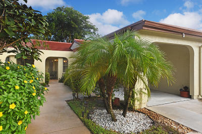 Boynton Beach Single Family Home For Sale: 5836 Forest Grove Drive #3