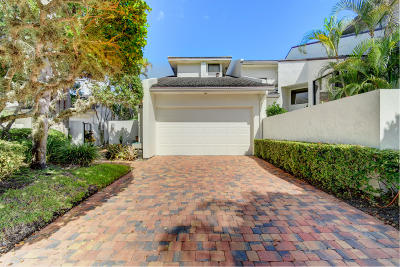Boca Raton Townhouse For Sale: 19472 Island Court Drive