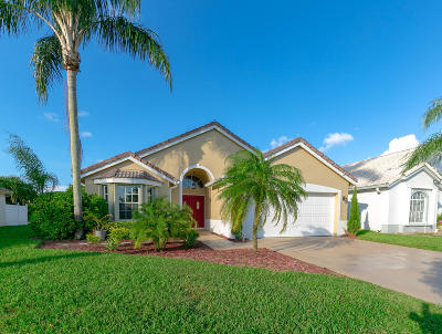 Delray Beach Single Family Home For Sale: 7608 Stirling Bridge Boulevard