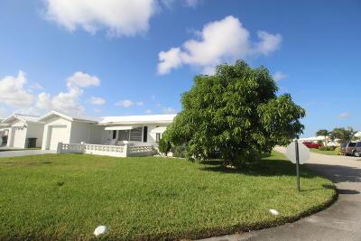 Boynton Beach Single Family Home For Sale: 2383 SW 13th Terrace